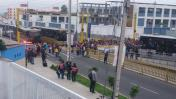Metropolitano: padres de familia bloquearon carril en Barranco