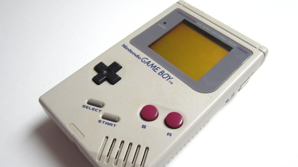 Una Game Boy como esta, con el juego de Tetris incluido, se vendió por más de US.000.