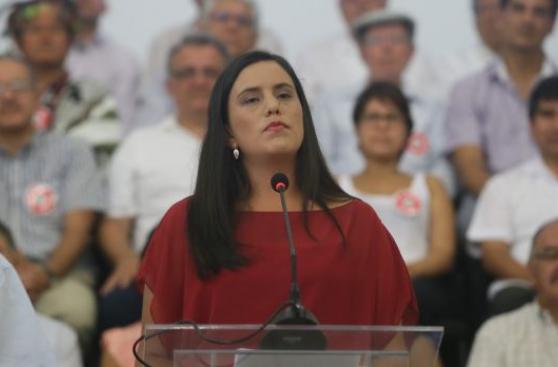 PPK y Verónika Mendoza postergan primera reunión tras elección