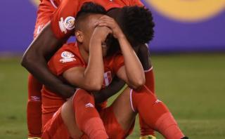 Perú cayó 4-2 ante Colombia en penales y quedó fuera de la Copa