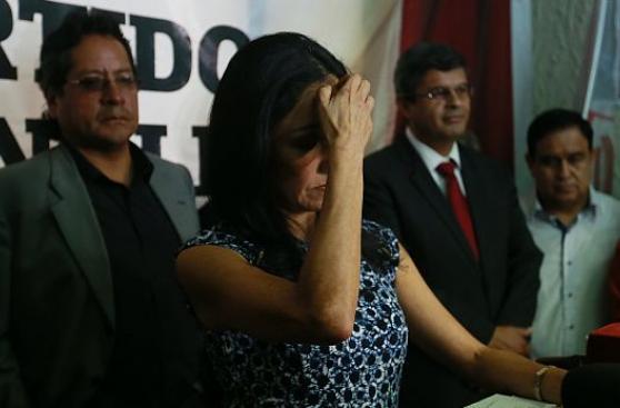 Informan a Policía que Nadine Heredia no puede salir del país