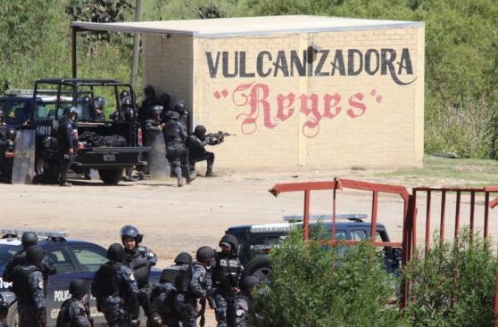 México: Ocho muertos en choques entre policías y maestros