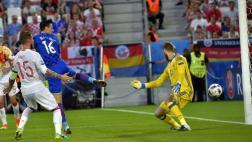 Croacia marcó un golazo de taco a España y rompió su invicto