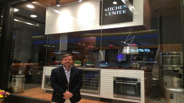 Ex Ministro chileno busca equipar las cocinas de los peruanos