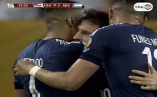Messi superó a Batistuta con fantástico gol de tiro libre
