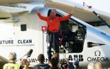 Avión solar aterriza en España tras cruzar el Atlántico