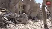 Siria: El dramático momento que rescatan a un niño enterrado