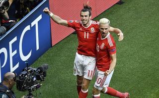 Eurocopa: Gareth Bale provocó este autogol a favor de Gales