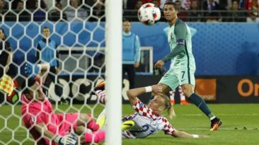Cristiano Ronaldo y el remate que permitió gol decisivo de Quaresma