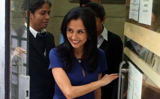 Nadine busca separar a juez que le prohibió salir del país