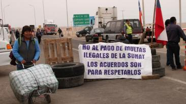 Bloqueo de la carretera Panamericana Sur cumple 12 días [FOTOS]