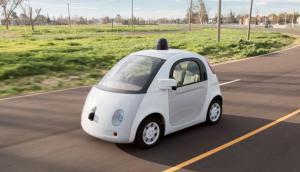 Llegada de vehículos autónomos se retrasaría por dilema moral