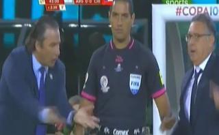 Argentina-Chile: Martino y Pizzi discutieron en zona técnica