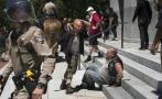 California: batalla campal en un acto neonazi deja 10 heridos