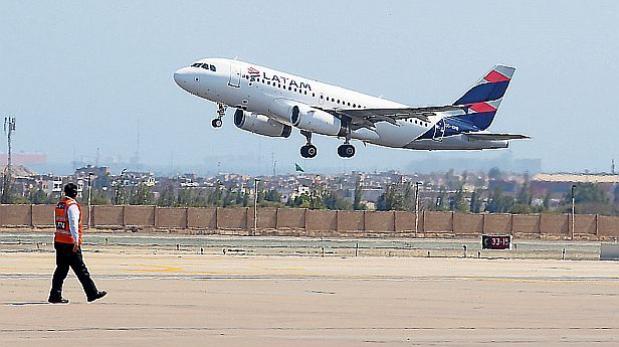 Así sufre Latam Airlines por las low cost de Sudamérica