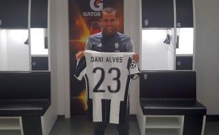 Dani Alves fue presentado en Juventus y habló de Lionel Messi