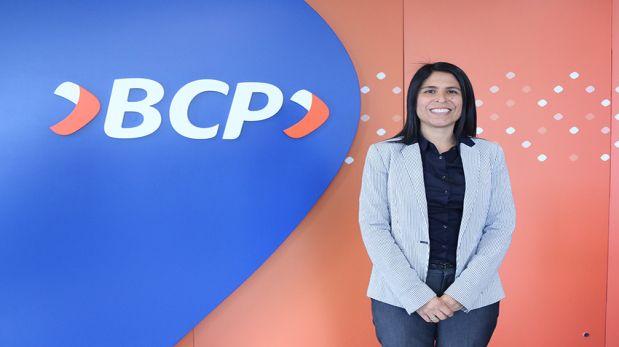 Anna Lenka Jáuregui, gerenta de Márketing y Experiencia del Cliente del BCP. (Foto: mercadonegro.pe)