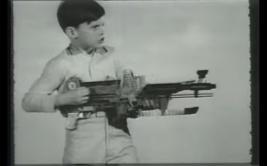 Conoce el arma de juguete que es un éxito de ventas desde 1964