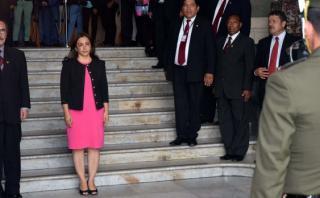 Encargan despacho presidencial a Marisol Espinoza hasta sábado