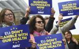 UE prorroga licencia del glifosato pese a reticencias