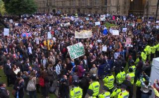 Reino Unido: Londinenses protestan contra el Brexit [VIDEO]