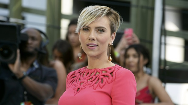 Scarlett Johansson se ubica en el puesto 10 en la lista de los actores más taquilleros de la historia del cine, pero es la mujer que encabeza el consolidado. (Foto: Reuters)