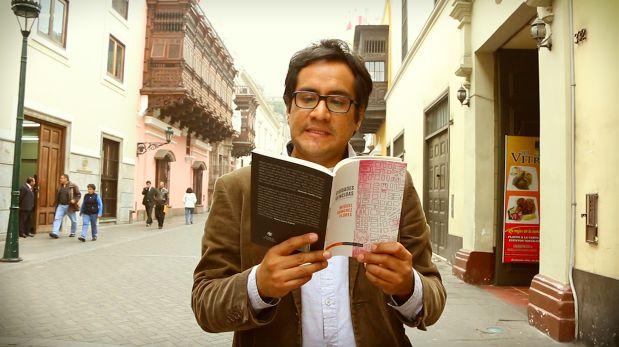 Miguel Sánchez lee un relato de su libro