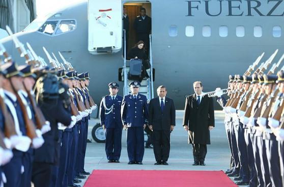 Así fue la llegada de Humala a Cumbre de Alianza del Pacífico