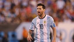 Lionel Messi: ¡hasta un aeropuerto le pide que no se vaya!