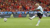 Eurocopa: Nainggolan y el 'misil' que terminó en golazo [VIDEO]