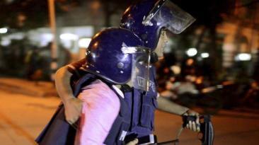 Estado Islámico toma rehenes en zona diplomática de Bangladesh