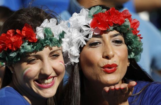 Euro 2016: bellezas italianas y alemanas dan color a la previa