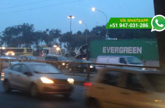 Un herido tras choque de trailer en la Panamericana Sur