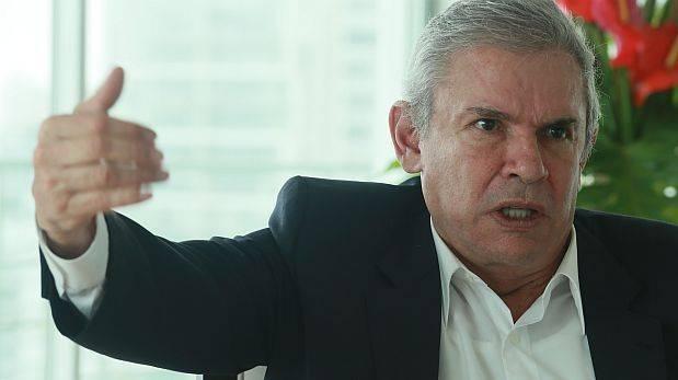"Luis Castañeda dice que no se pondrá ""a llorar"" por revocatoria"