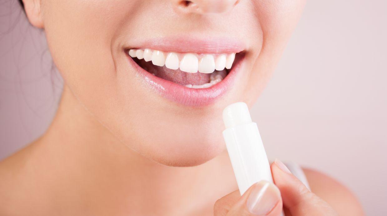 En sus labios, Kylie usa productos de su propia línea de maquillaje. (Foto: Shutterstock)