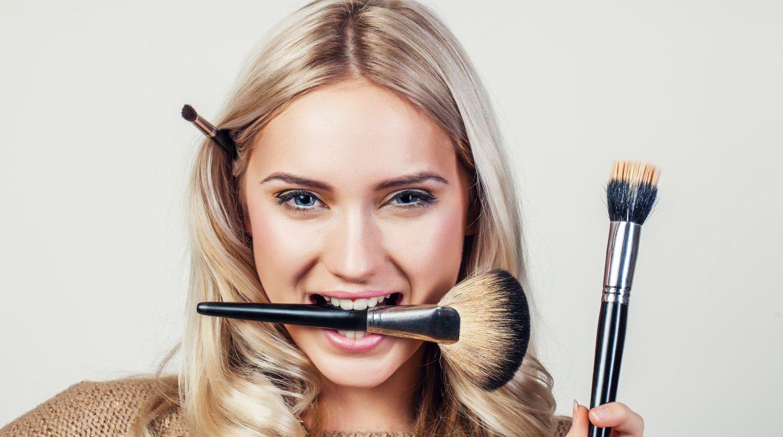 El maquillaje de su rostro incluye productos de distintas marcas. (Foto: Shutterstock)