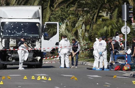 Así amaneció Niza tras el ataque que dejó más de 80 muertos