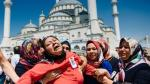 Golpe fallido en Turquía: 7.500 detenidos y 9.000 despedidos - Noticias de ola john