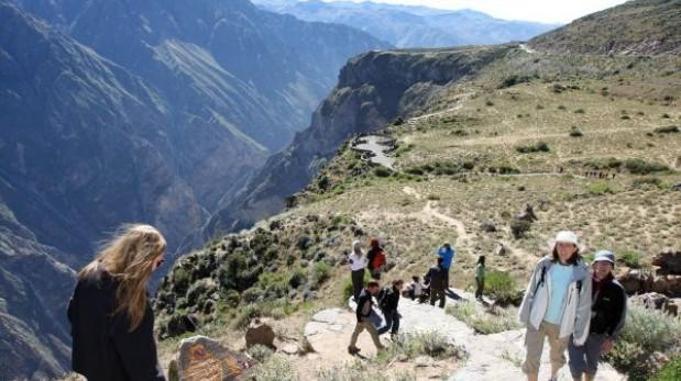 Arequipa: encuentran a 3 turistas que se perdieron en el Colca