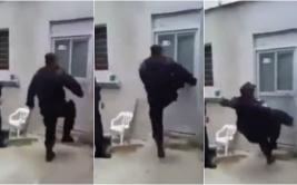 YouTube: policía quiso tumbar una puerta y esto le sucedió