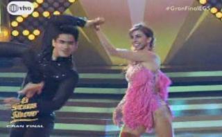 """""""El gran show"""": finalistas """"brillaron"""" con salsa en trío"""