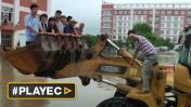 China: alrededor de 250 mil siguen atrapados por inundaciones