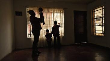 Venezolanos que huyen de una crisis para empezar otra [CRÓNICA]