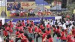 Fiestas Patrias: forman bandera peruana en aerotón de Lima - Noticias de cultura