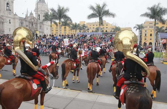 Humala encabezó su último cambio de guardia en Palacio [Fotos]