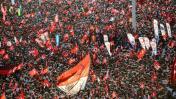 Turquía: Miles protestan contra el golpe y el autoritarismo