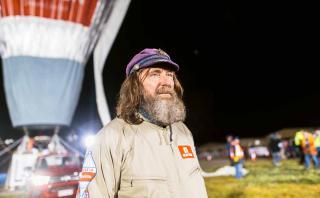 Este aventurero ruso dio la vuelta al mundo en globo en 11 días