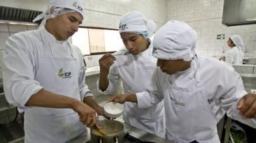 ¿Qué necesita el Perú para impulsar su gastronomía?