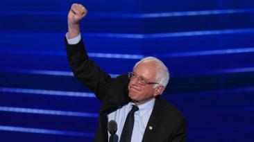 """Sanders: """"Clinton debe ser la próxima presidenta de EE.UU."""""""