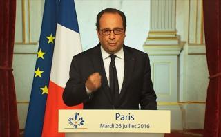 Hollande llama a unidad en Francia tras nuevo ataque yihadista